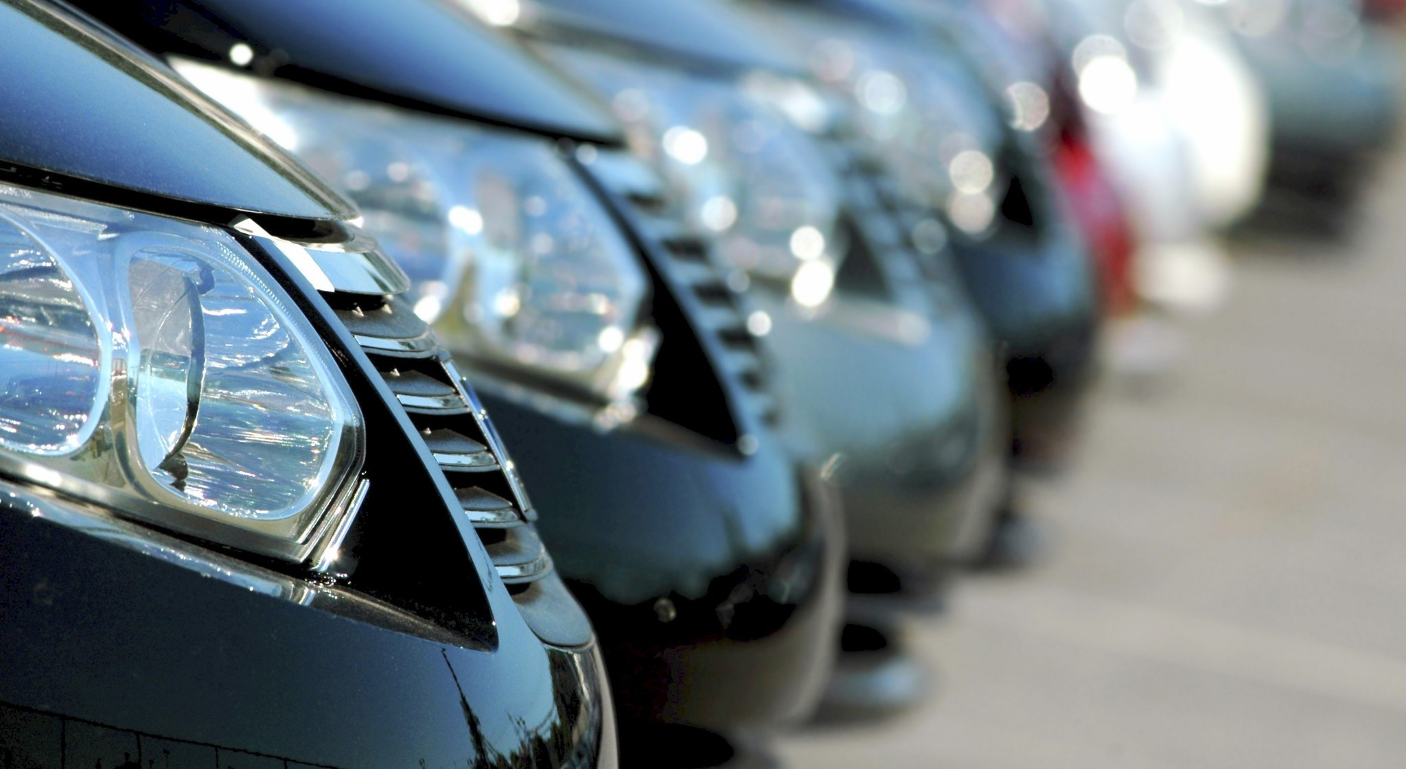 Different Features That Are Offered in Limos Available for Airport Travel